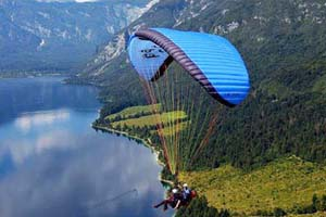 Hill Places for Paragliding in Manali India
