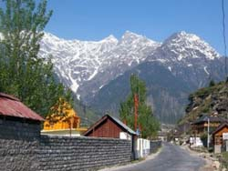 Pleasant Climate of Kullu Manali