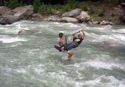 River Rafting and Crossing at Manali