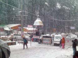 Snow Fall in Manali